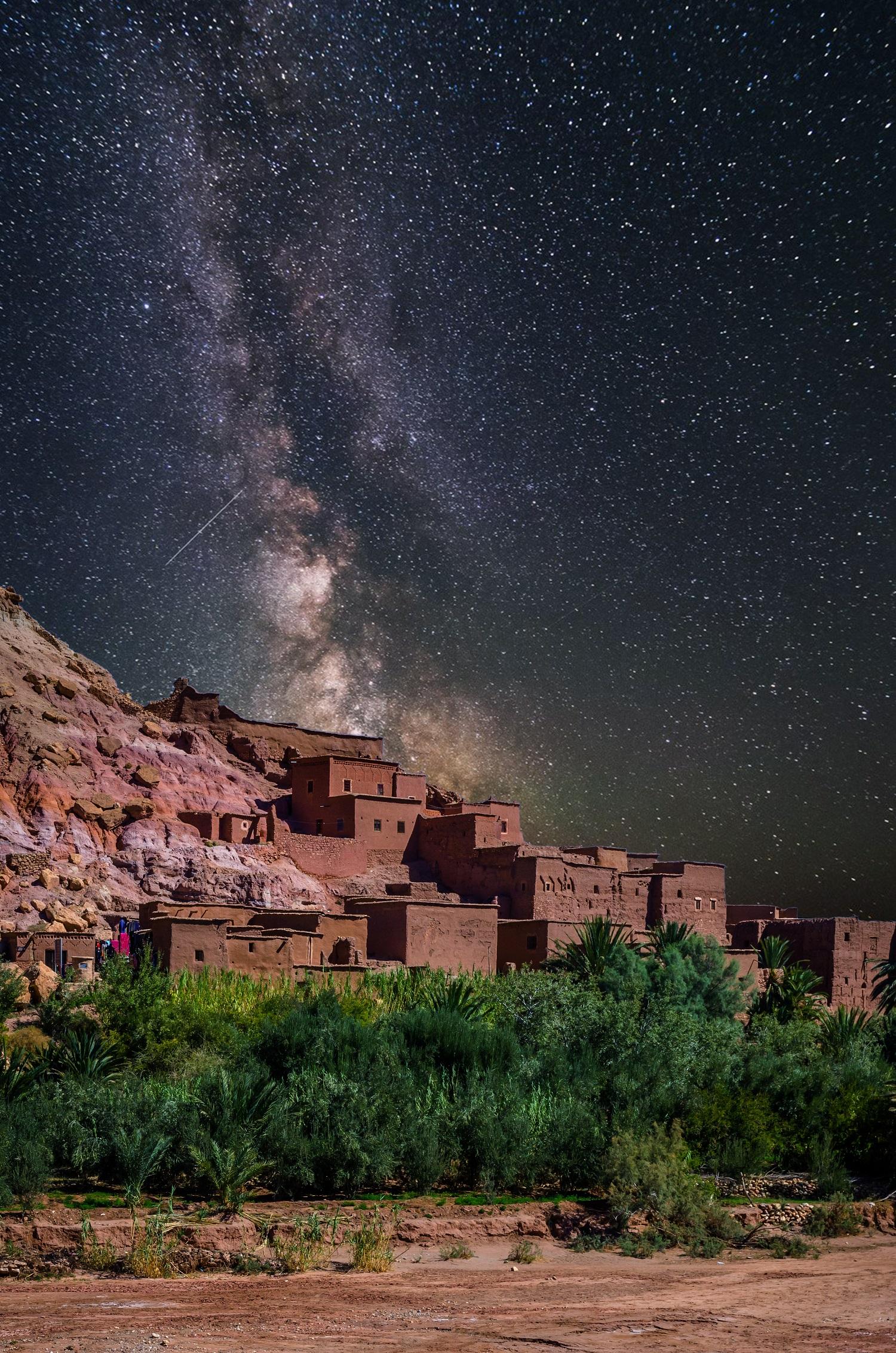 kasbah ait ben haddou desert morocco stars