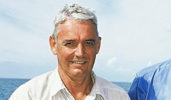 Trevor Hosie, Australia
