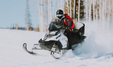 Luxury snowmobile tours in Iceland