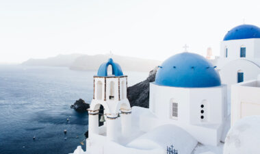 Luxury honeymoons in Greece