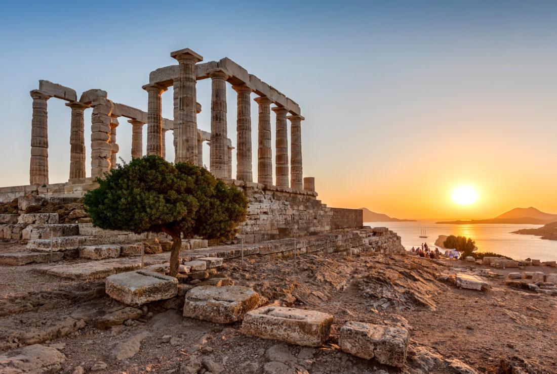 Temple Poseidon at sunset