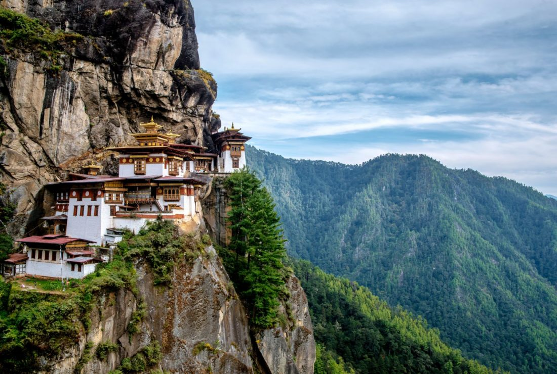 Taktsang Monastery tigers nest temple location cliff